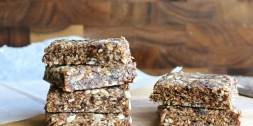 No Bake Gluten-Free Vegan Oatmeal Raisin Bars